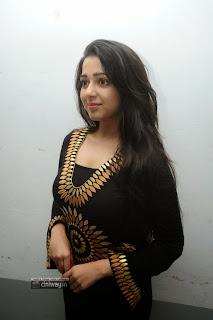 Charmi-New-Photos-at-Prathighatana-Teaser-launch