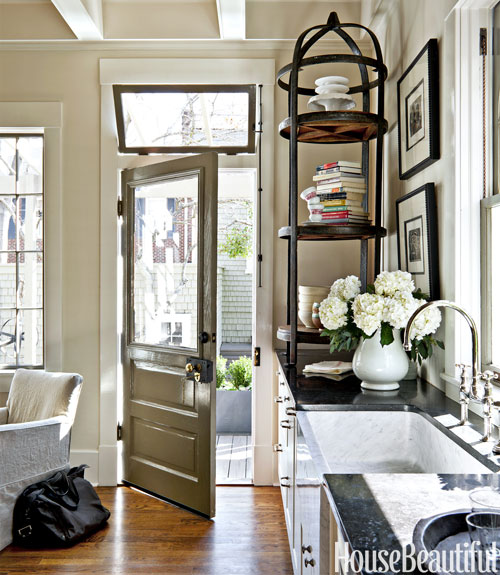 Mix And Chic: A Designer's Gorgeous Savannah Kitchen With
