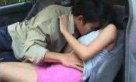 คลิปคนขับรถหลอกเย็ดหีลูกสาว แอบได้เสียกันลับๆโดยที่พ่อไม่รู้