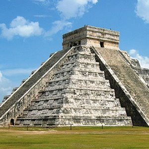 Hubungan Antara Bangsa Maya dengan Alien