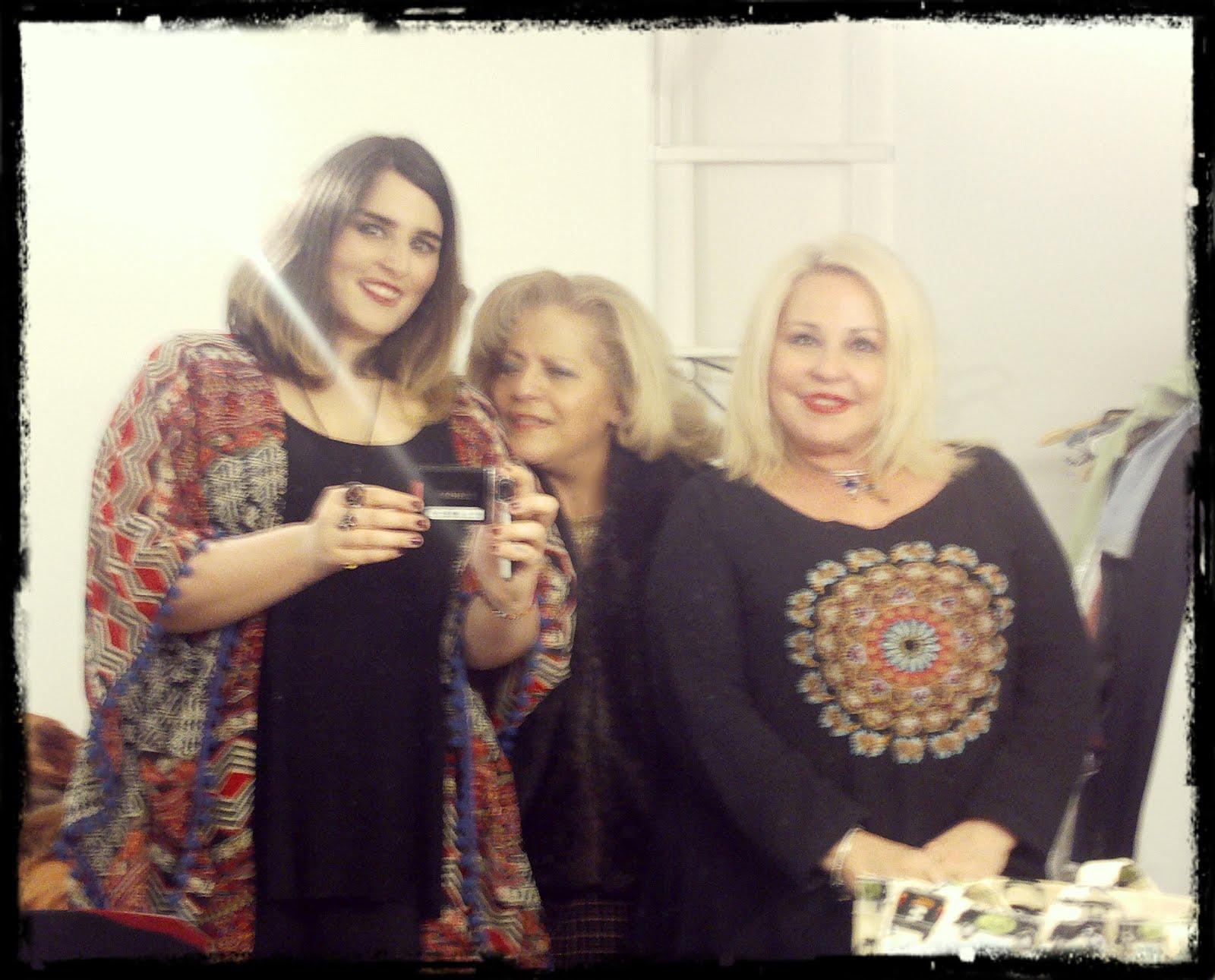 Με Μπέσσυ Αργυράκη και Εβελίνα Νικόλιζα