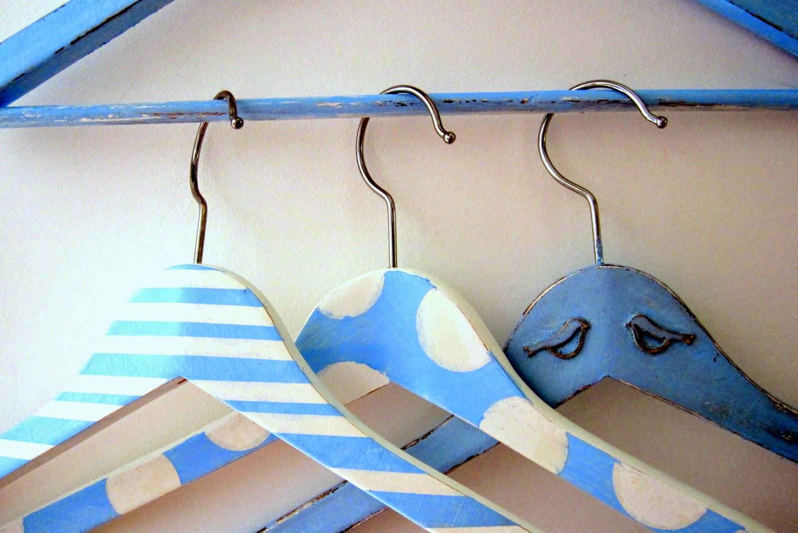 Altered Hanger Ta Ta Ta Tam