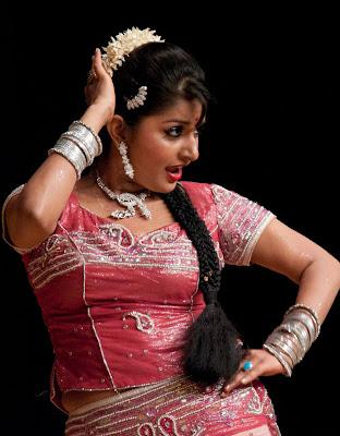 meera jasmine unseen actress pics