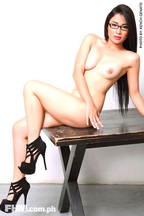 alyzza agustin sexy nude pics 01