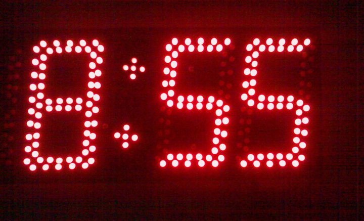 12 24hr Big Led Digital Clock Circuit 16f84 Scorpionz