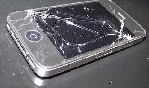 lo scherzone del secolo: il nuovo iphone si ricarica al microonde