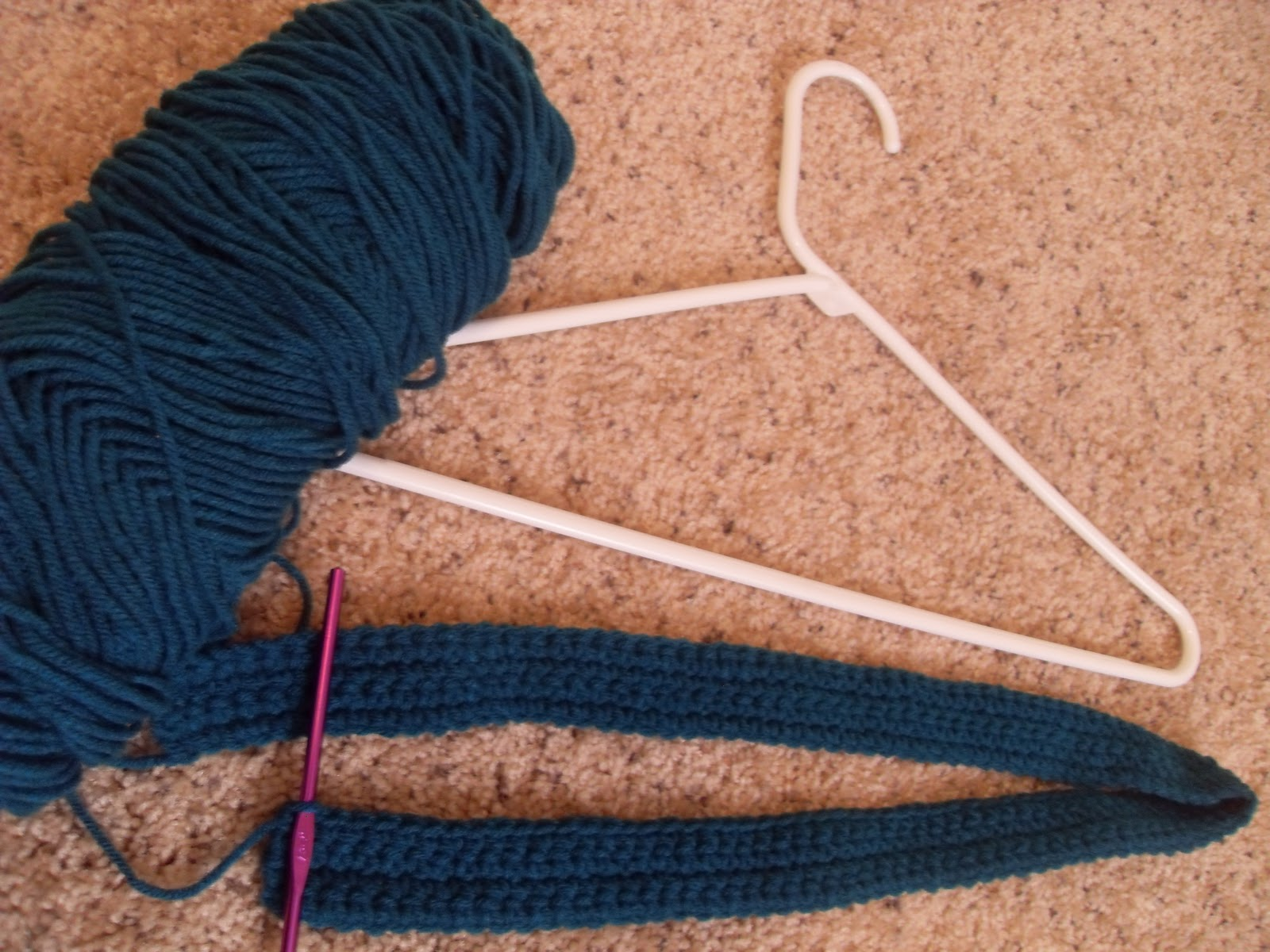 Crocheting On A Hanger : Something Beautiful: No-Slip Hangers - Crochet