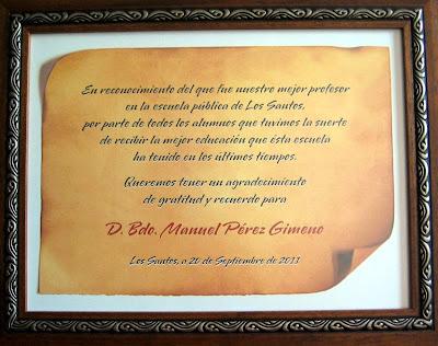 Cuadro Con Diploma De Agradecimiento De Los Alumnos De Los Santos
