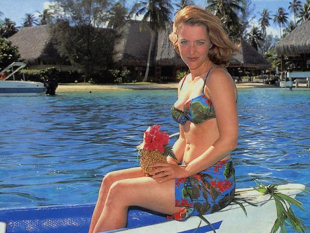 Gillian Anderson in Bikini