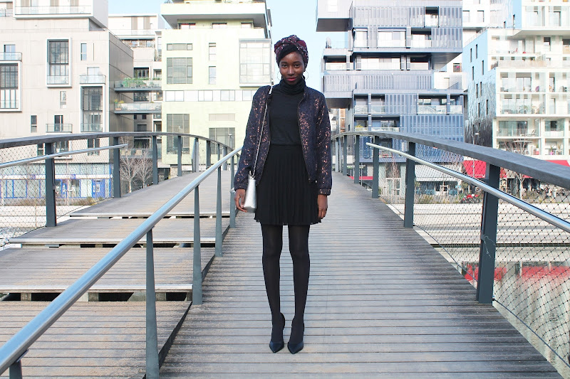 Blog-mode-lyon-jupe-plissee-noire-good-morning-pretty-tendance-bomber
