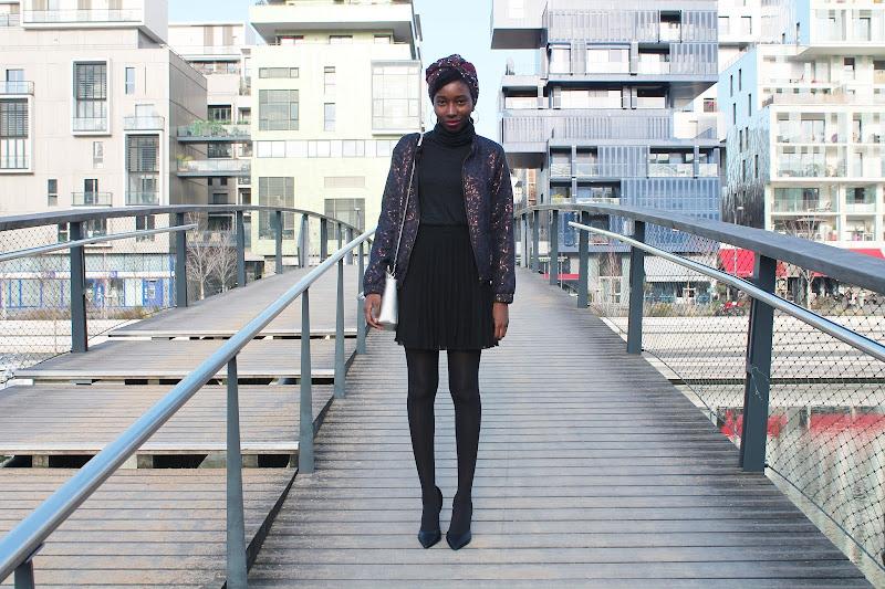 Blog-mode-lyon-jupe-plissee-noire-good-morning-pretty-tendance-bomber