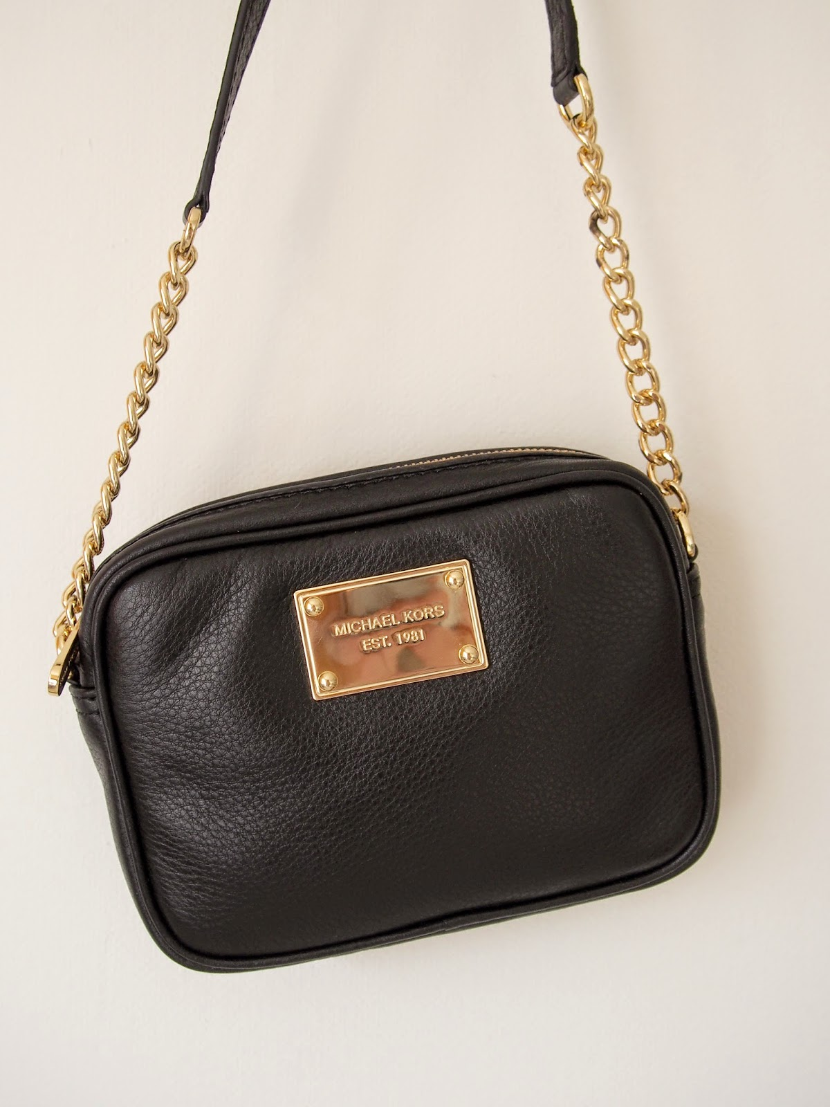 Michael Kors Jet Set Laukku Kokemuksia : Michael kors jet set crossbody thrill me tonight