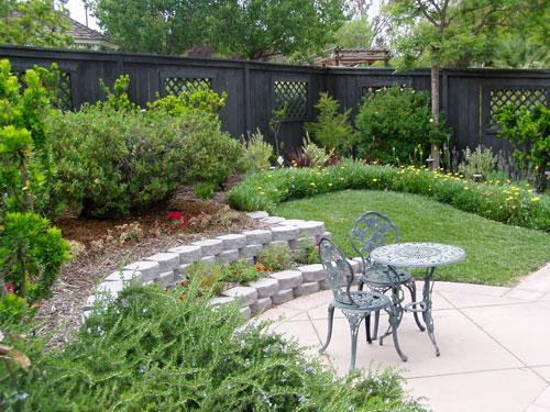 Ideas For A Small Sloped Backyard : henning love Backyard inspirations