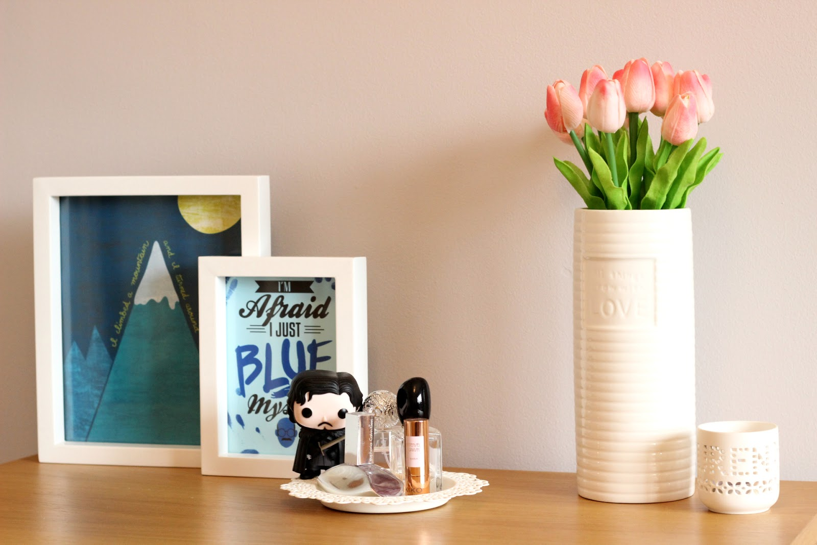 Adding Art Prints To Spruce Up A Room