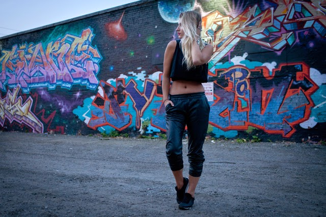 crop top, leather joggers, how to wear crop tops, H&M running shoes
