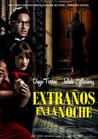 Extranos en la noche (2011) online y gratis