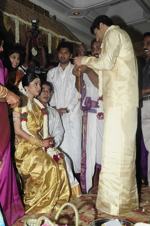 Jayam Ravi Aarthi Wedding Photos