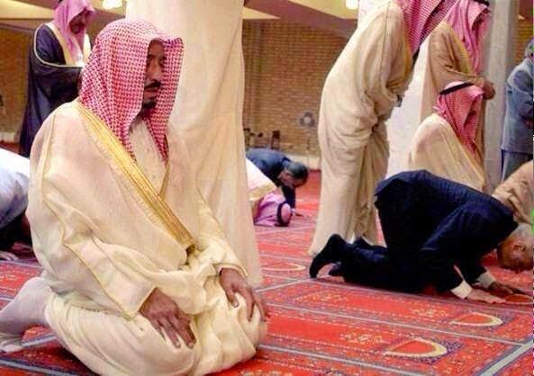 Obama Ditinggalkan Raja Arab Saudi Untuk Jawab Seruan Ilahi, Raja Arab Saudi Tinggal Obama Sahut Panggilan Solat