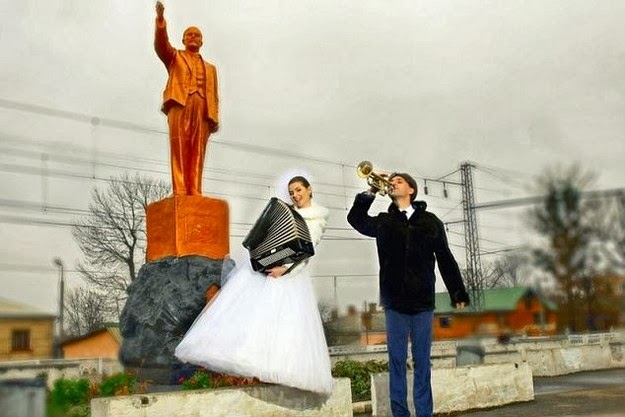 hilarious Russian wedding snaps5