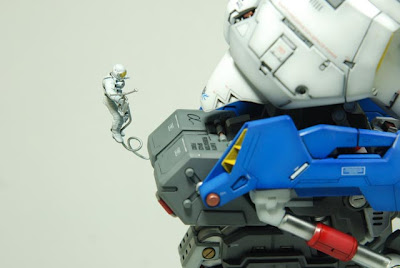 Hi-Nu Gundam Bust wallpaper