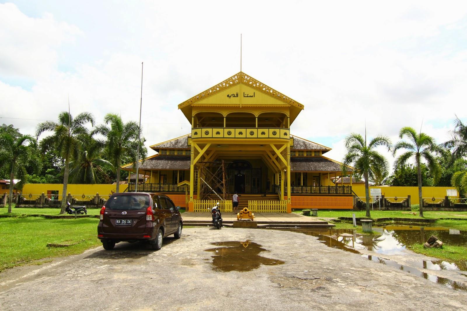 Istana Kadriyah (keraton) kediaman rasmi Kesultanan Pontianak