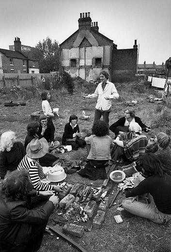 Laboratoire urbanisme insurrectionnel london 1968 1979 for Jardin public 78
