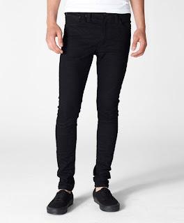 Jeans Levi's Paling Populer untuk Pria