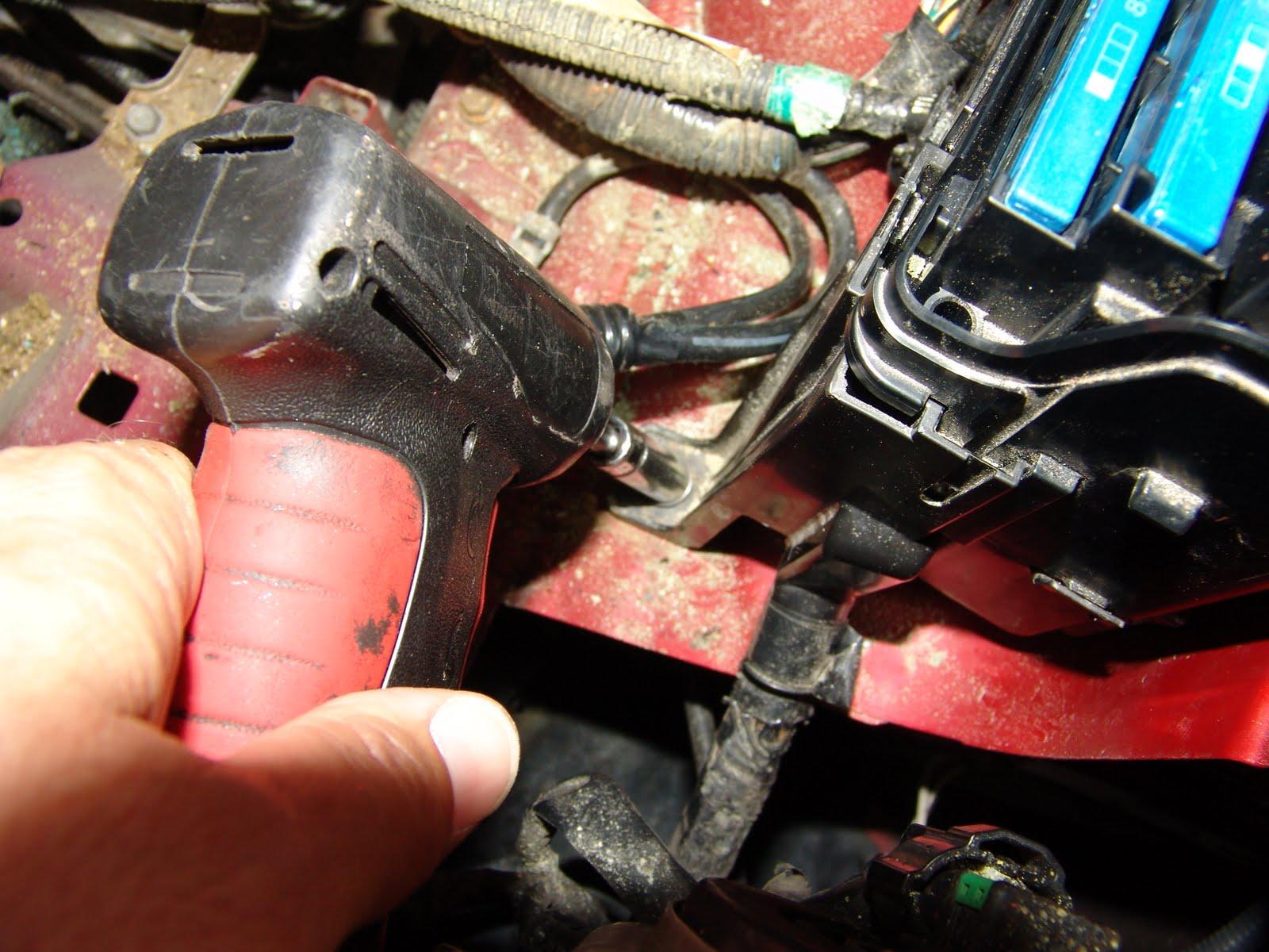 2000 sunfire how to take off a alternator