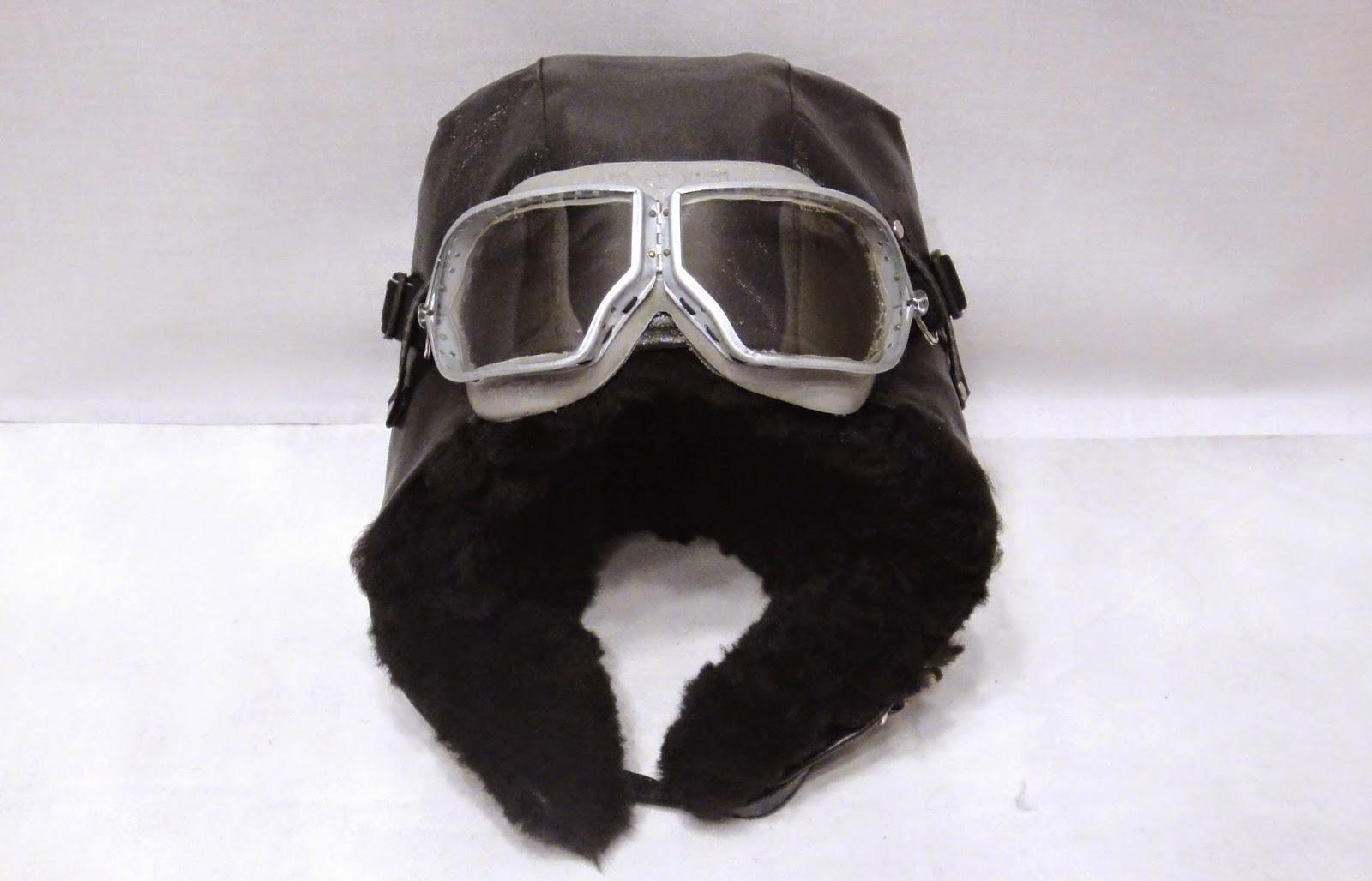 Черный шлем пилота - шапка со съемным подшлемником
