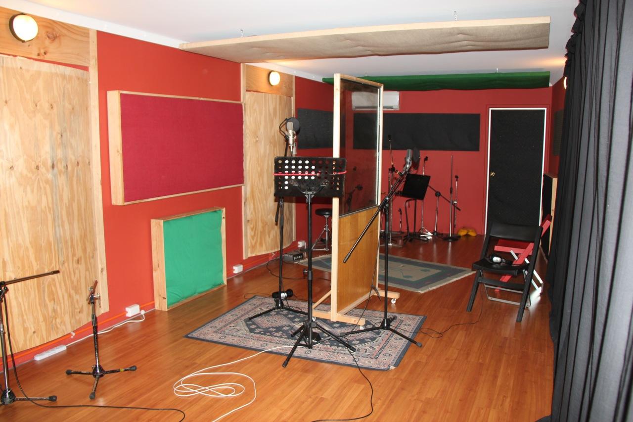 Witzend Recording Studio July 2009 Room Recorder