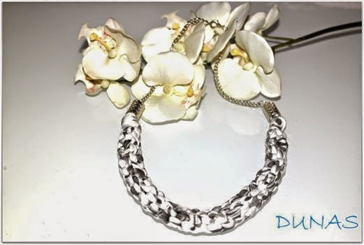 http://dunasbisuteria.blogspot.com.es/search/label/Collares