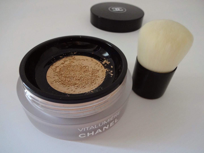 CHANEL Vitalumière Loose Powder Foundation, chanel fondotinta, fondotinta in polvere libera