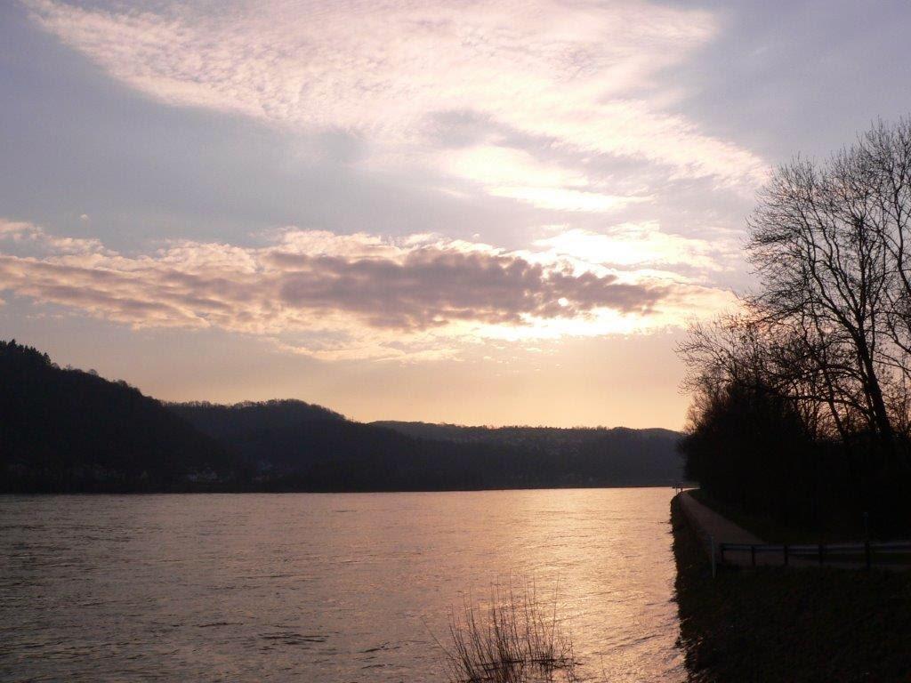 Camping Rhein Remagen Goldene Meile Frühling Ostern Sonnenuntergang