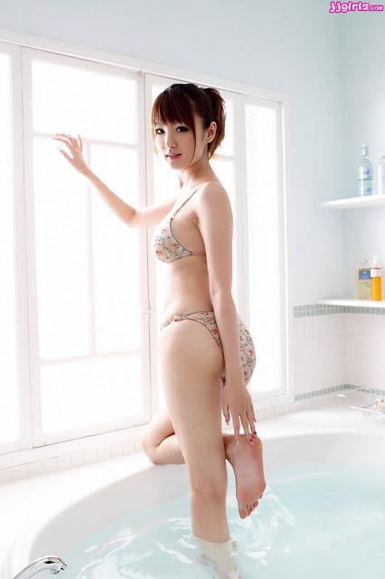 Model Jepang Hot Tsubasa Amami