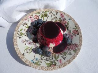 panna cotta with blueberry sauce