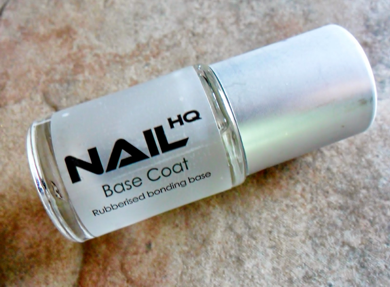 NailHQ Rubberized Bonding Base Coat
