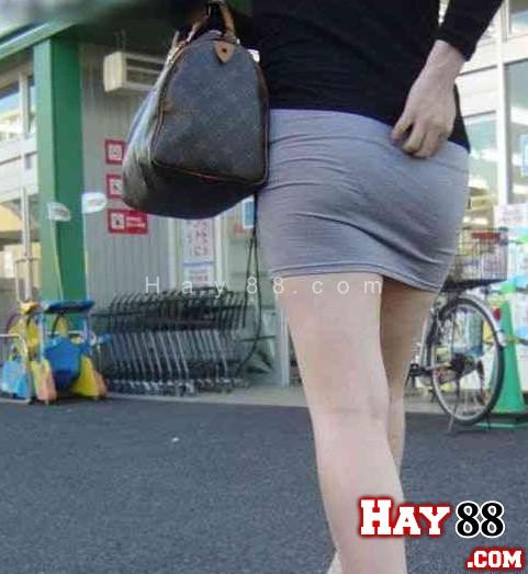HAY88.COM - ảnh chụp lén và những kiểu quần chíp lộ hàng