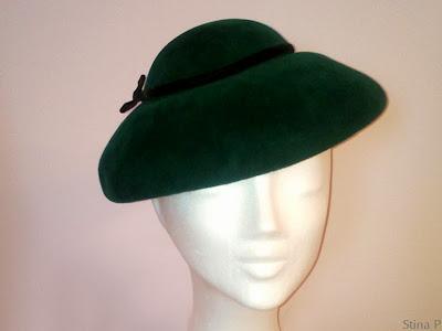 Hatt StinaP hårfilt smaragdgrön