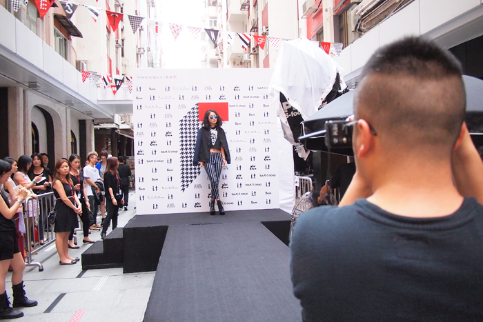 Behind the shoot at Hong Kong Causeway Bay Fashion Walk.