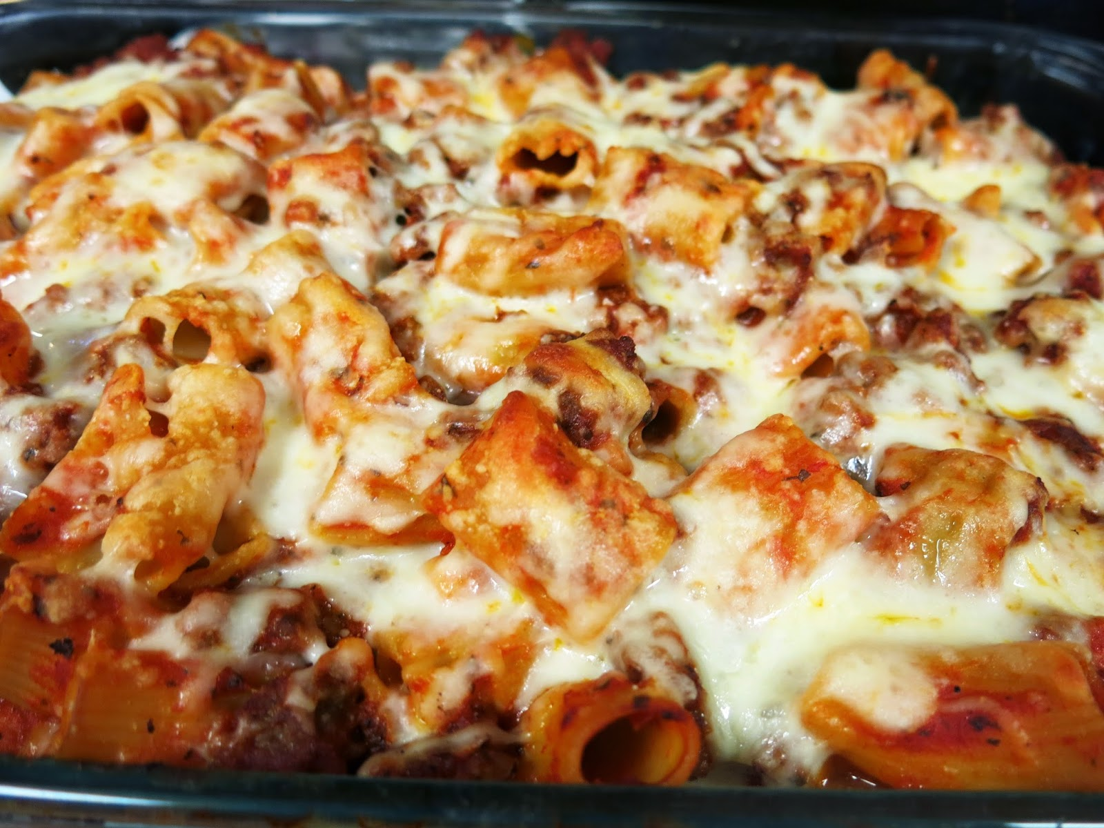 Debbi Does Dinner... Healthy & Low Calorie: Pepperoni Pizza Casserole
