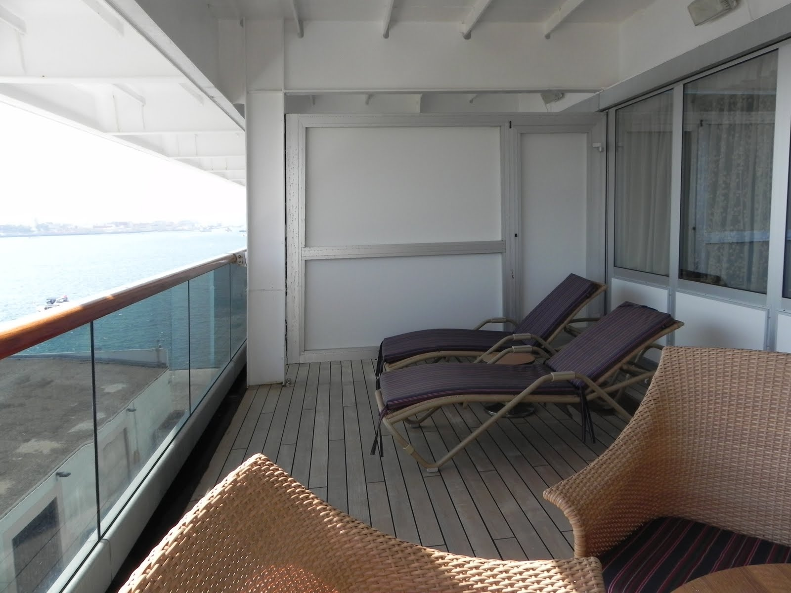 V randa sur terrasse en bois for O architecture lambersart