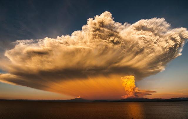 Foto Awan Yang Indah di Kota Puerto Varas Chili Selatan