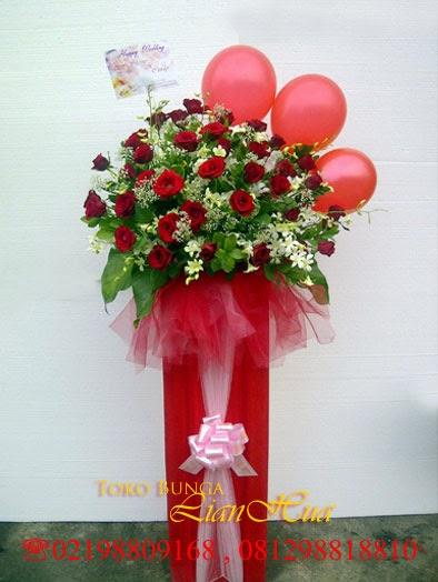 aneka rangkaian bunga terbaik, bunga meja ucapan, toko bunga yang recomended, karangan bunga papan, standing flowers cantik