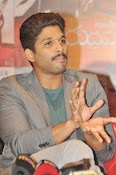 Allu Arjun latest stylish photos-thumbnail-7