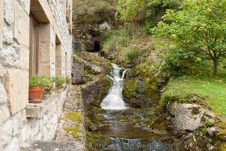 http://enlosfogonesderaquel.blogspot.com.es/2012/11/la-casa-de-juansabeli.html