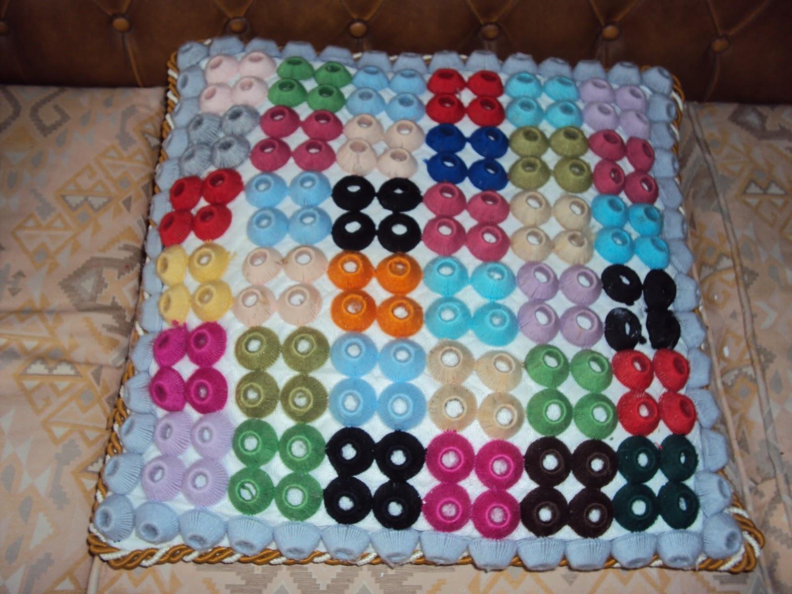 Bolillo bordados y flecos cojines hechos en bordados y lana - Cojines de lana ...
