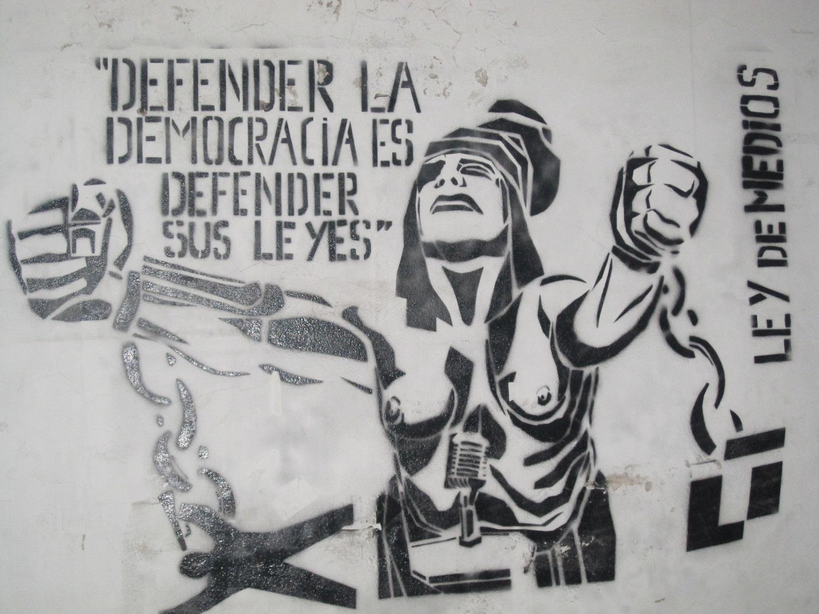 Resultado de imagen de LEY Y DEMOCRACIA
