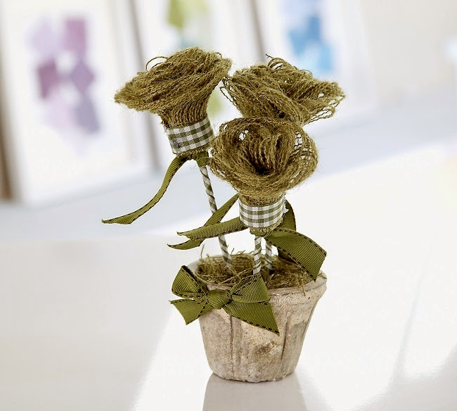Sew what by debbie shore no sew hessian burlap flowers for How to make hessian flowers