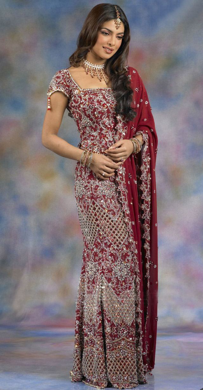priyanka chopra wearing saree - photo #27
