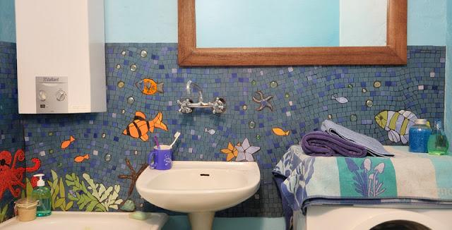 mozaika artystyczna - morze w łazience